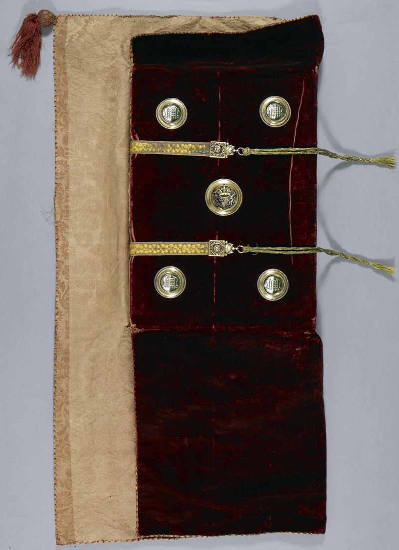 Harley_1498_back binding open