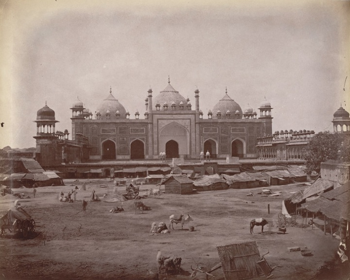 Jamiʻ Masjid, Agra, built for Jahanara and completed in 1648. Photographed by W. Caney in the 1880s for the Archaeological Survey of India (Photo 1003/(512)