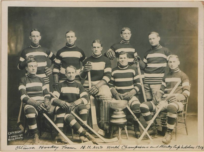 Stanley Cup holders 1911, Ottawa (HS8510 23753)