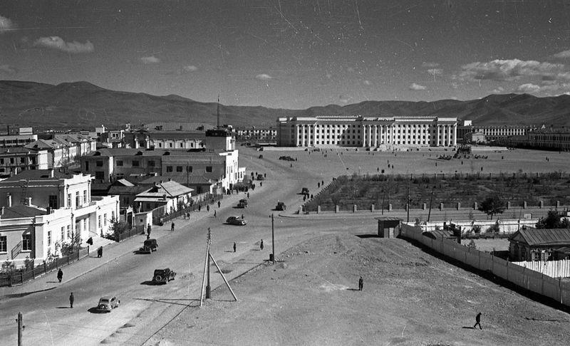 Bird's eye view of Sukhbaatar Square