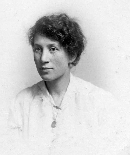 Photo of May Louise Smith