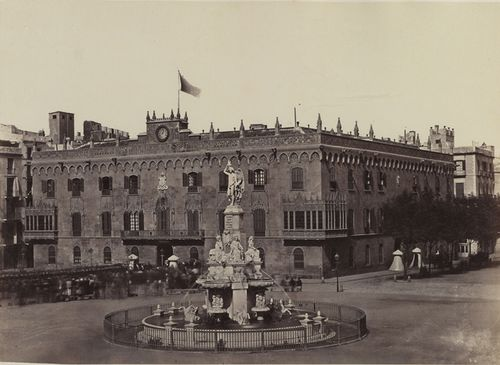 Photograph of the Palacio de la Reina in Barcelona