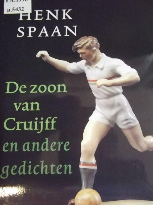 Cover of 'De zoon van Cruijff en andere gedichten' with a photograph of a model footballer kicking a ball