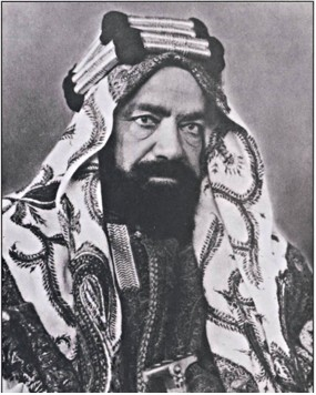 Belgrave was Adviser to Shaikh Hamad bin Isa Al Khalifa, the ruler of Bahrain (pictured above) from 1926 until Hamad's death in 1942. Source: Wikimedia Commons