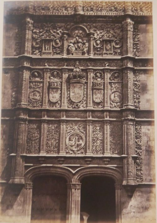 Photograph of the carved stone front of Salamanca Cathedral