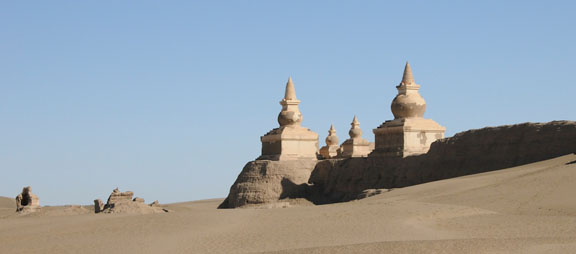 Stupas at the northwest corner of Kharakhoto