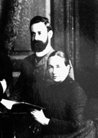 Photograph of Aylmer and Louise Maude
