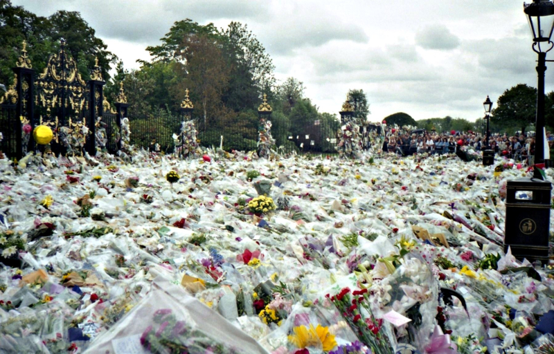Flowers_for_Princess_Diana's_Funeral
