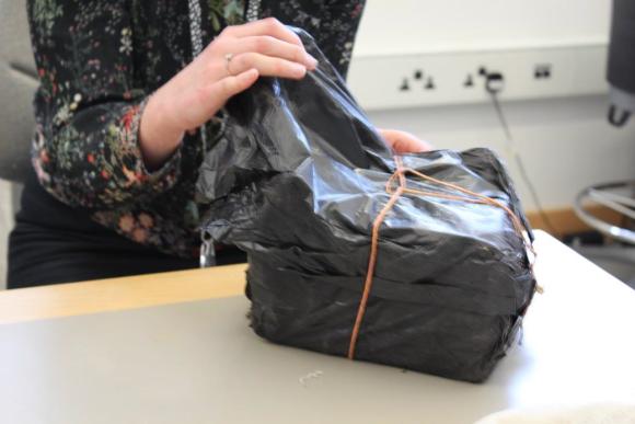 Opening inner plastic wrap