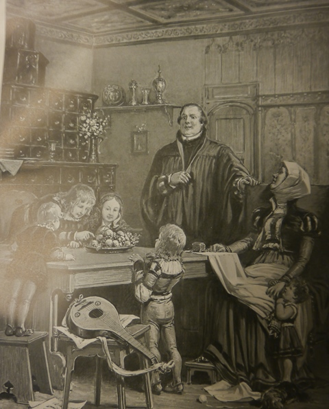 Luther and family 4887.f.17