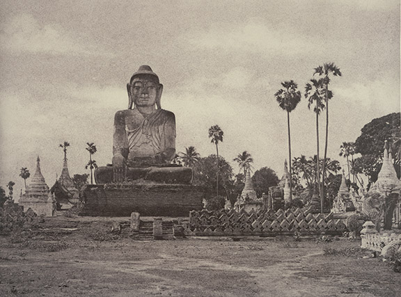Linnaeus Tripe, Colossal statue of Gautama close to the north end of the wooden bridge, Amarapura, 1855. British Library, Photo 61/1(46).