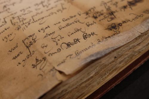 A detail from an Early Modern manuscript, showing Robert Kett's signature.