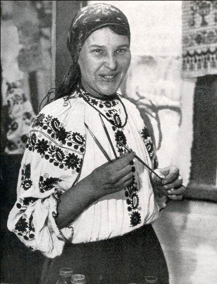 Photograph of Maria Prymachenko in 1936 wearing a traditional Ukrainian embroidered blouse