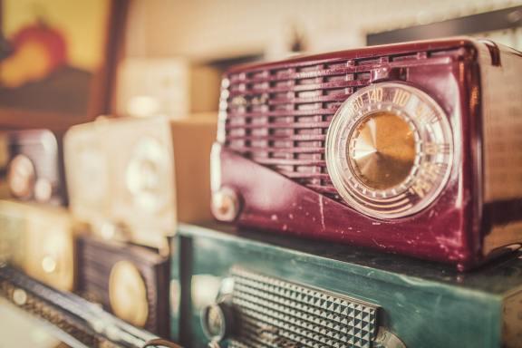 Vintage-radios_resize