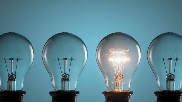 Four-light-bulbs