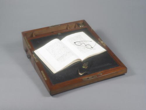 Austen desk