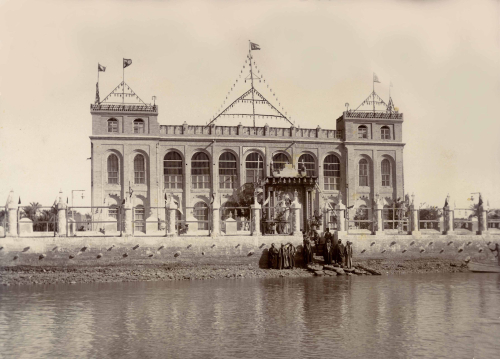 Photograph of Shaikh Khaz'al's palace, Qasr al-Failiyah in Mohammerah
