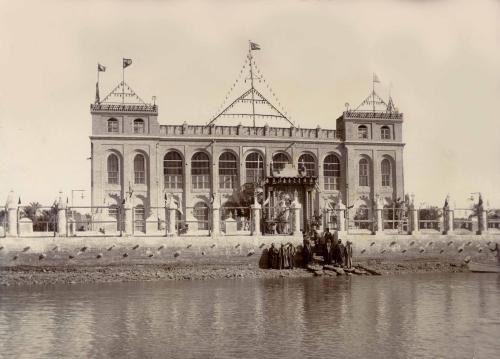 Photograph of Shaikh Khaz'al's palace, Qasr al-Failiyah in Mohammerah