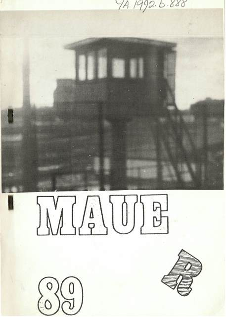 "Front cover of ""Mauer 89"" with a photograph of the no-man's-land on the eastern side of the wall"