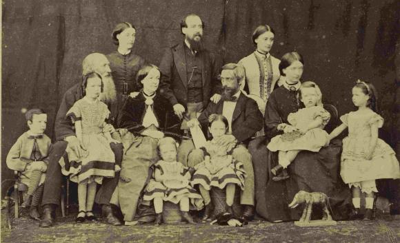 India Muir family c13866-71