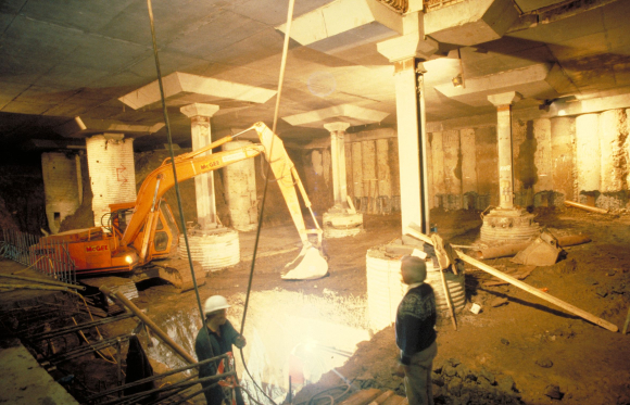 Photograph of construction of the British Library at St Pancras