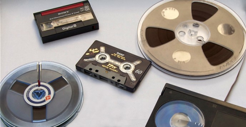 Magnetic tape formats and replay equipment are dying out. Photo: Bernhard Graf, Vienna Phonogrammarchiv