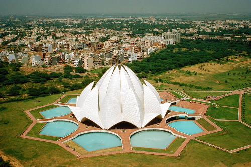 Picture of the Bahā'ī House of Worship in Delhi, India