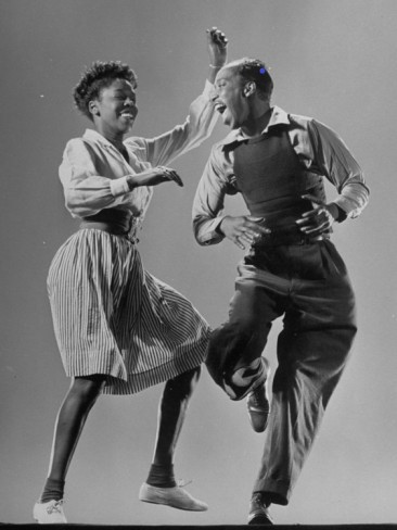 Lindy hop  by Gjon Mili  Life magazine  1943.
