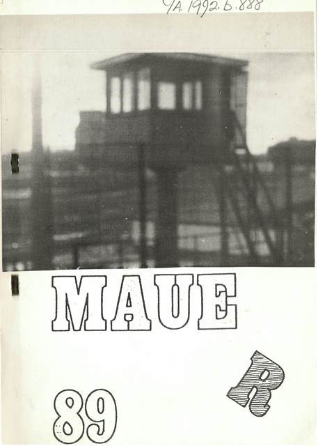 Front cover of the booklet, Mauer 89, with a photograph of a watchtower