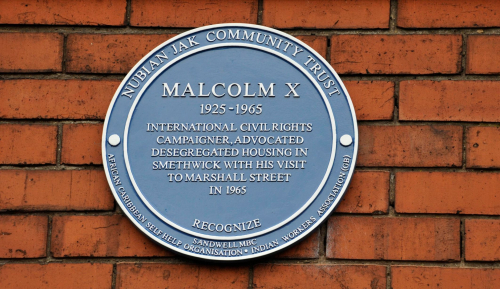 Photographic image of the blue plaque erected to commemorate Malcolm X's visit to Marshall Street