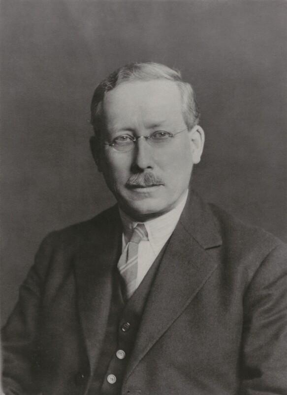 Sir-Henry-Thomas