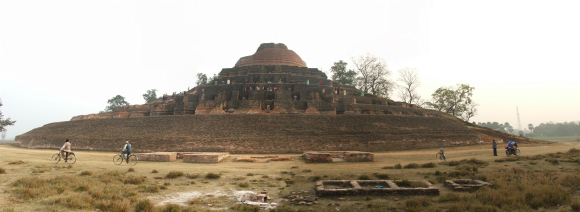 The Kesariya stupa in Bihar is believed to be the place where the Kālāma Sutta was first taught. Creative Commons BY-SA 2.5.