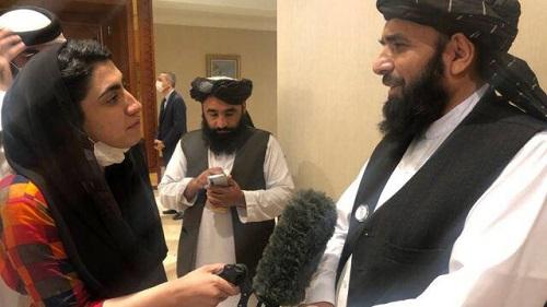 Shazia and Suhail Shaheen of Taliban in Doha1
