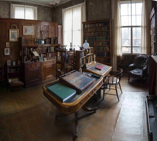 Photograph of the Cardinal Newman room at the The Birmingham Oratory