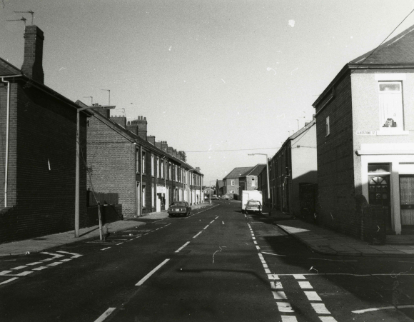 Gladstone Street in 1987 showing terraced houses
