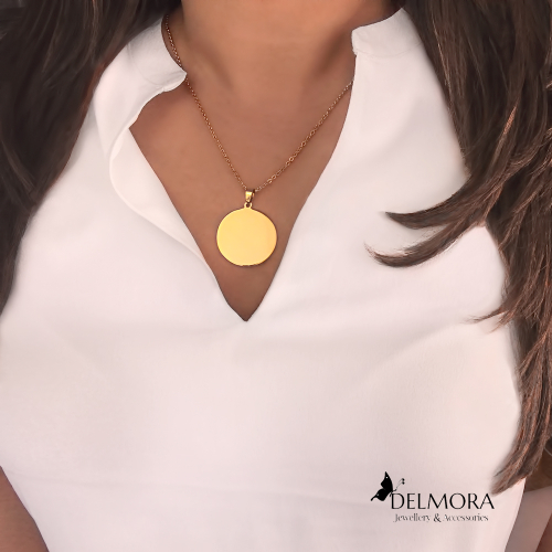Delmora pendant necklace