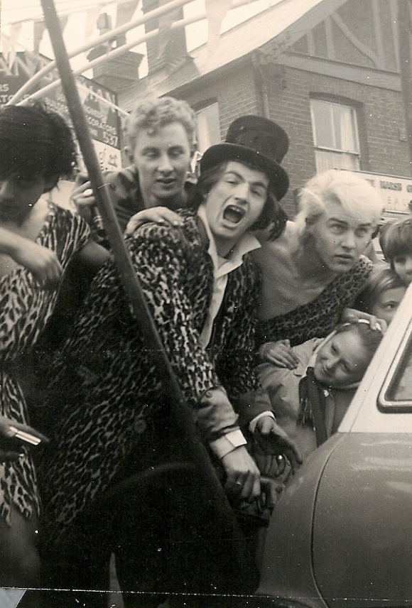 Black and white photograph of Screaming Lord Sutch