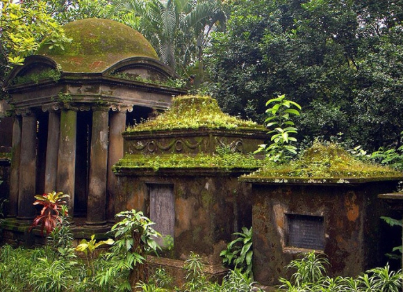 Shakespear tombs in Calcutta's South Park Street Cemetery