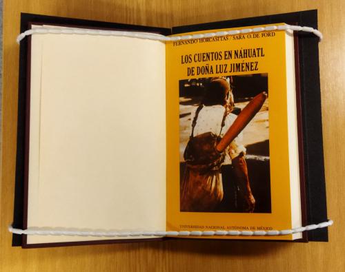 Front cover of the Nahuatl-Spanish edition Los cuentos en Náhuatl de Doña Luz Jiménez, 1979, collected by Fernando Horcasitas and Sarah O. Ford (BL shelfmark X.950/12883)